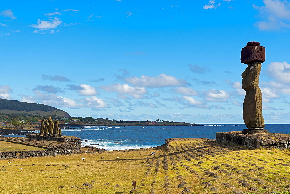 Moai, UNESCO World Heritage Site, Rapa Nui, Easter Island, Chile, South America
