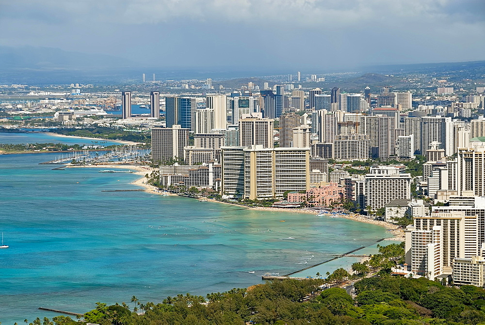 Coastline of Honolulu, O'ahu, Hawaii, United States, North America