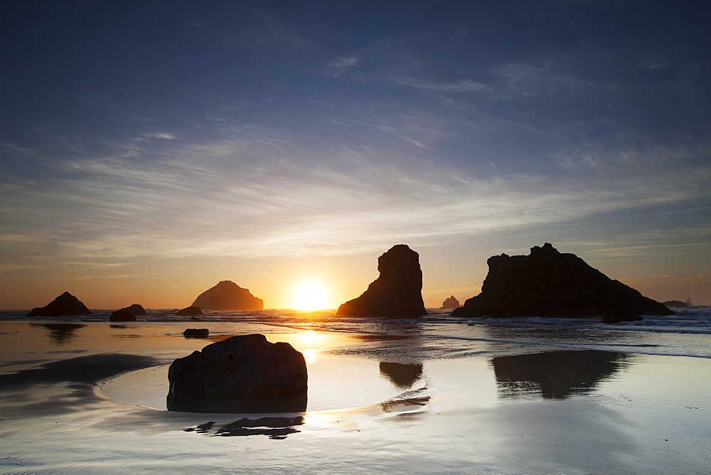 Beach on the south coast of Oregon, Bandon, Oregon, United States, North America