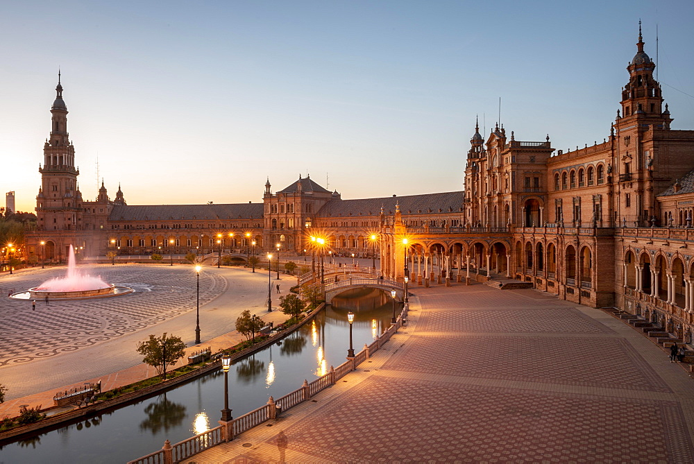 Plaza de Espana at dusk, Sevilla, Spain, Europe