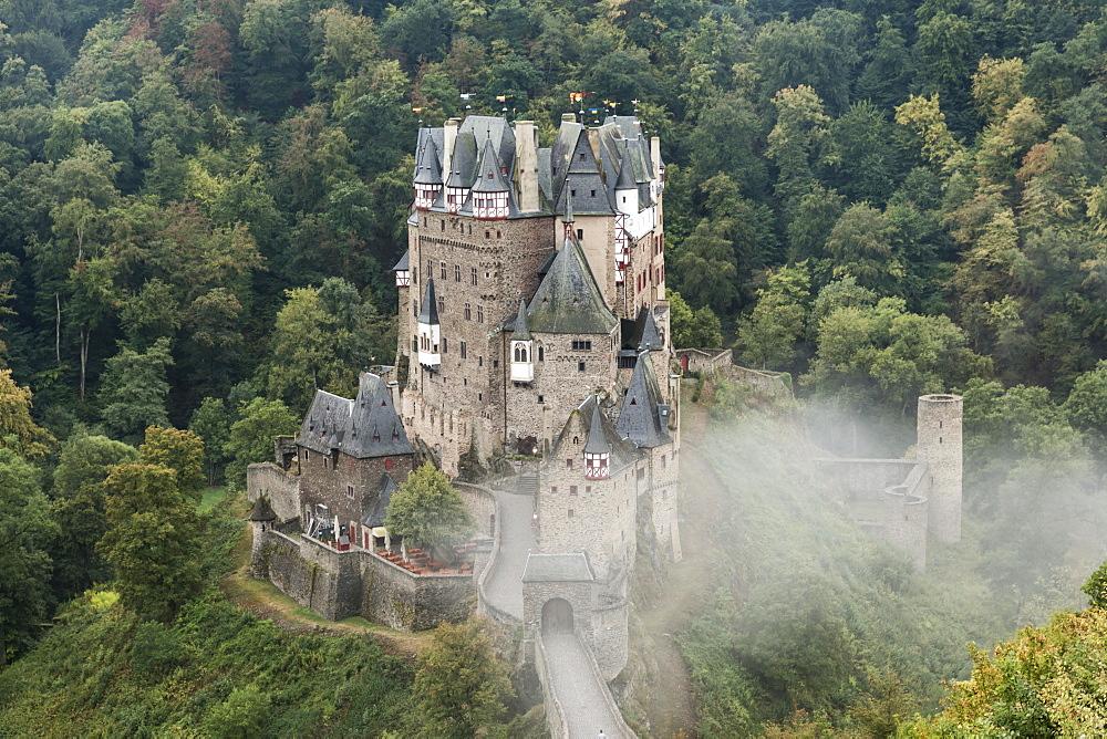 Eltz Castle, Ganerbenburg, Munstermaifeld, Wierschem, Moselle, Rhineland-Palatinate, Germany, Europe