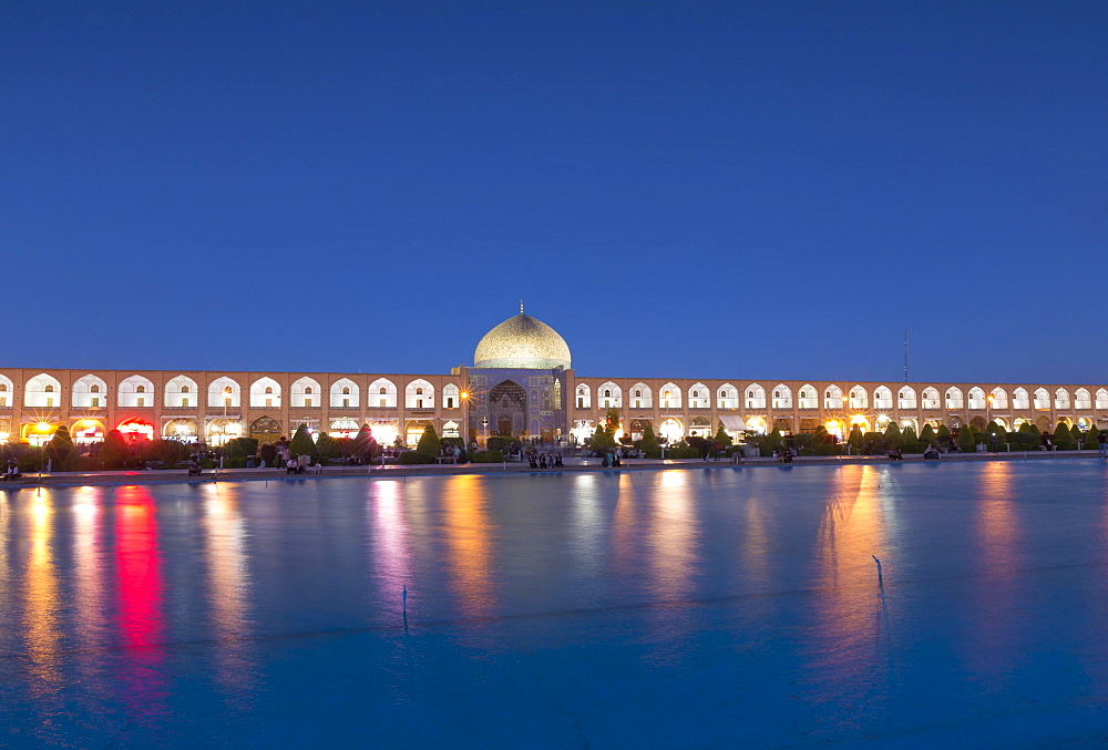 Illuminated Imam square with Lotfollah mosque during blue hour, Isfahan, Iran, Asia