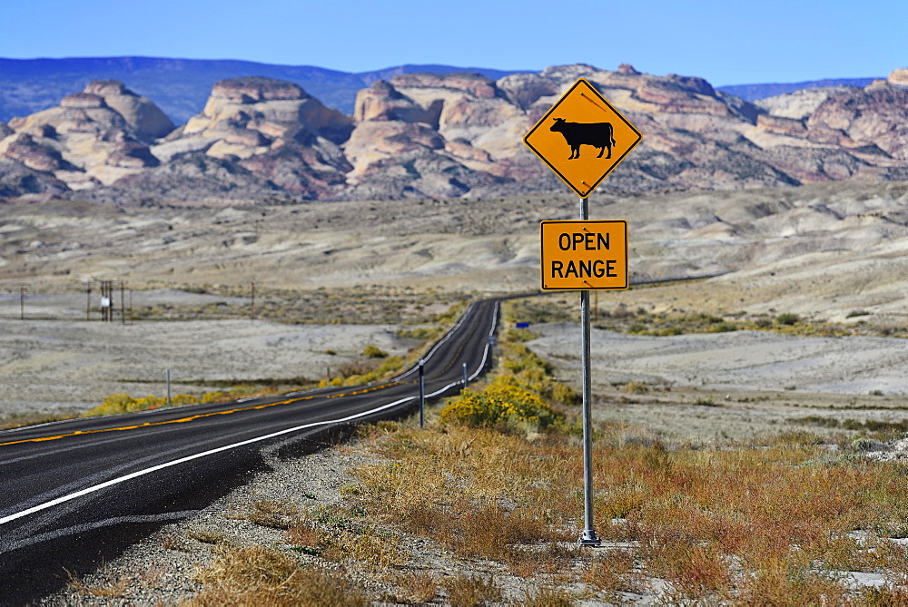Scenic Byway 12 in front of Capitol Reef National Park, Utah, USA, North America