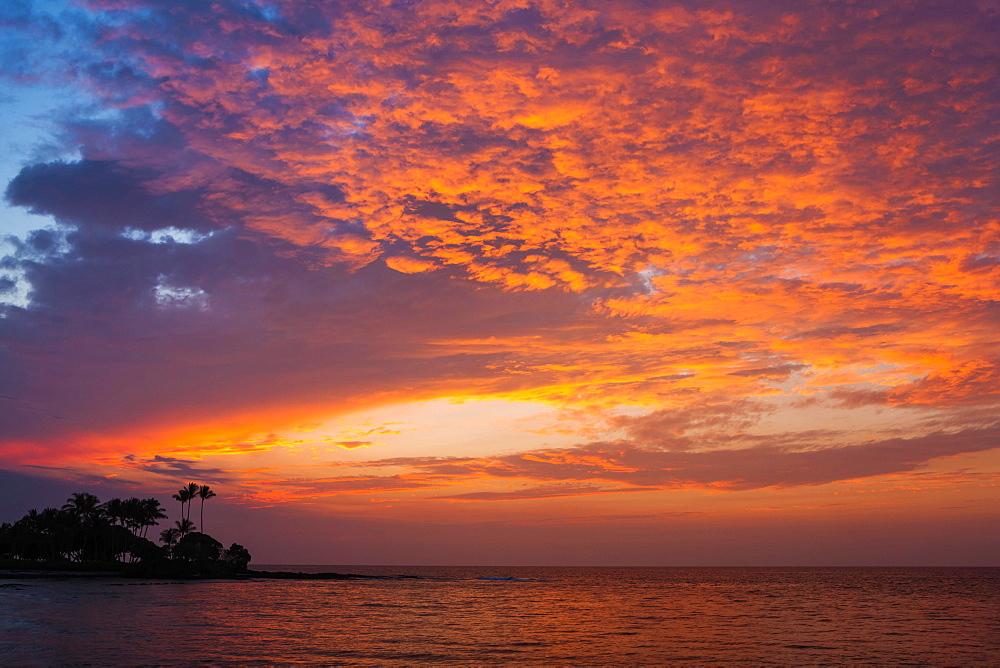 Sunset on the Kohala Coast, Big Island, Hawaii, United States, North America - 832-383210