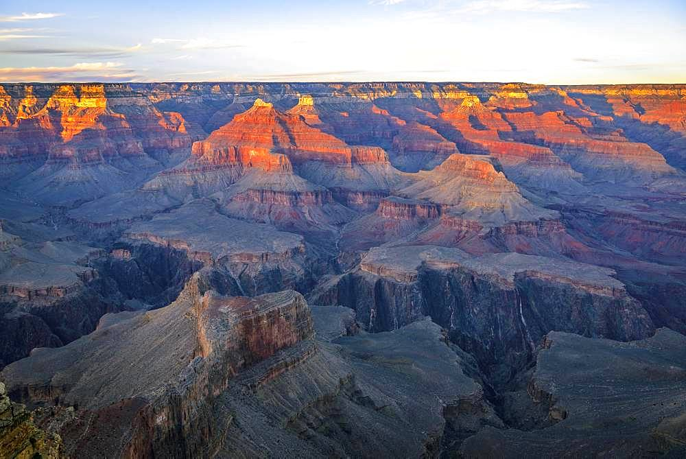 Gorge of the Grand Canyon at sunset, view from Hopi Point, eroded rock landscape, South Rim, Grand Canyon National Park, near Tusayan, Arizona, USA, North America