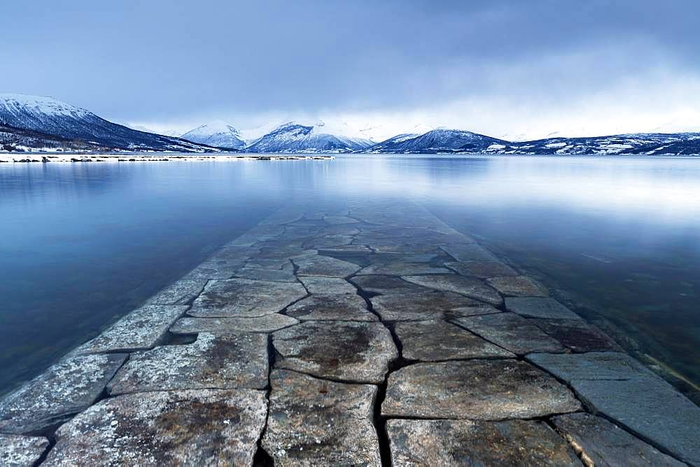 Port, Balsfjord, Storsteinnes, Troms, Norway, Europe