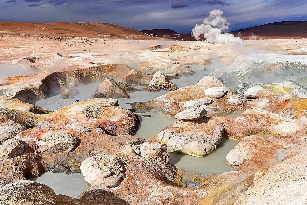 Sol de Manana Geysir, 4.861 m altitude, border to Chile, Andes, Departamento Potosi, Bolivia, South America