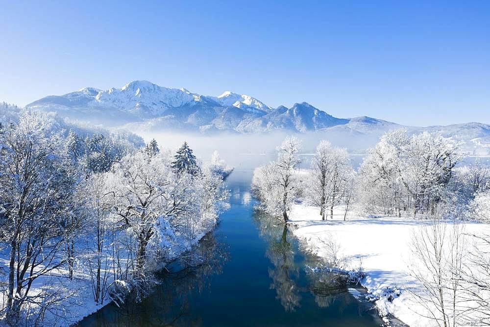 Lake Kochel with Loisach in winter, Herzogstand and Heimgarten in the back, Kochel, Upper Bavaria, Bavaria, Germany, Europe