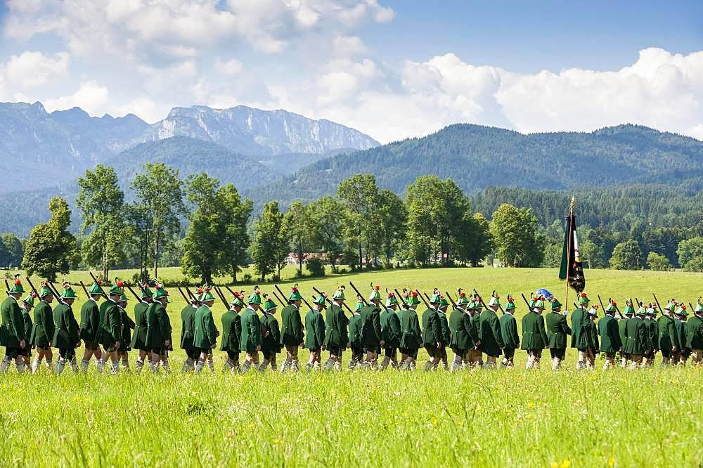 Mountain marksmen, Corpus Christi procession in Wackersberg, Isarwinkel, Toelzer Land, Upper Bavaria, Bavaria, Germany, Europe