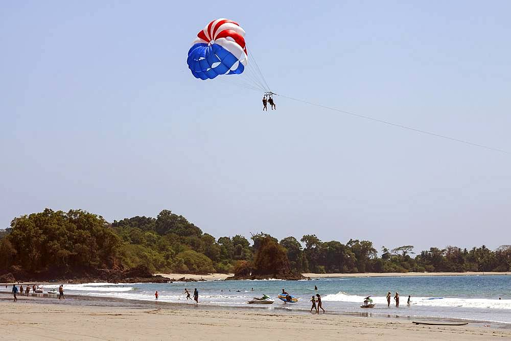 Paragliding on the beach, parasailing, Manuel Antionio National Park, Puntarenas Province, Costa Rica, Central America