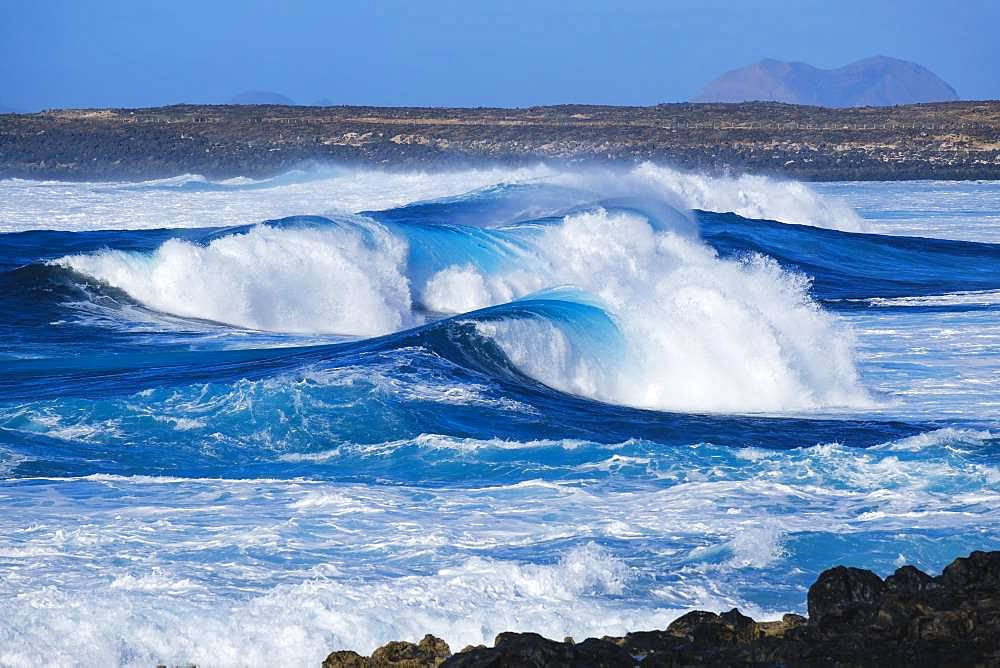 Surf waves, near La Santa near Tinajo, Lanzarote, Canary Islands, Spain, Europe