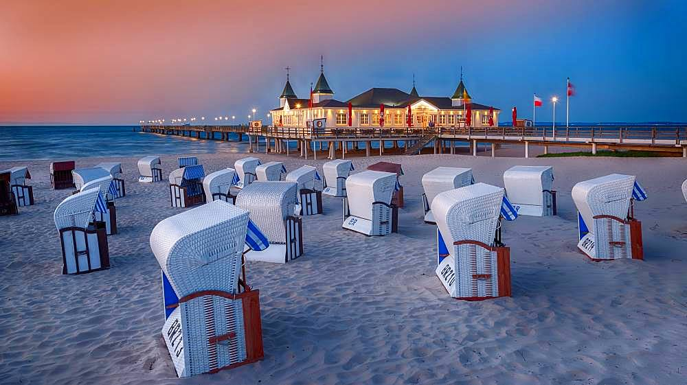 Evening mood with beach chairs with pier Ahlbeck, island Usedom, Baltic Sea, Mecklenburg-Western Pomerania, Germany, Europe