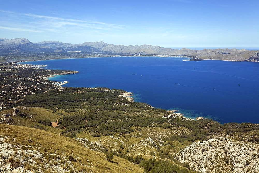 View from Talaia d'Alcudia to the bay of Pollenca, Badia de Pollenca, near Bonaire, Majorca, Balearic Islands, Spain, Europe