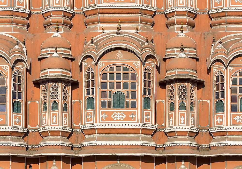 Close-up, windows of facade of Hawa Mahal, Palace of Winds, Jaipur, Rajasthan, India, Asia