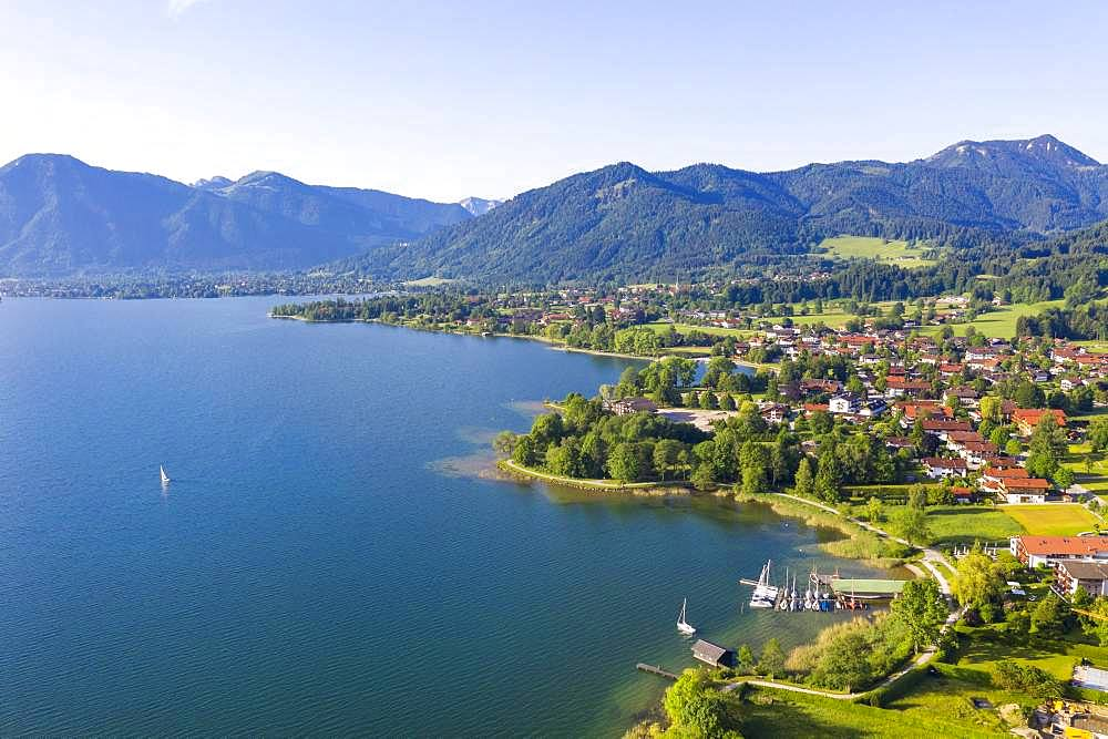Bad Wiessee at Lake Tegernsee with Mangfall mountains, drone shot, Upper Bavaria, Bavaria, Germany, Europe