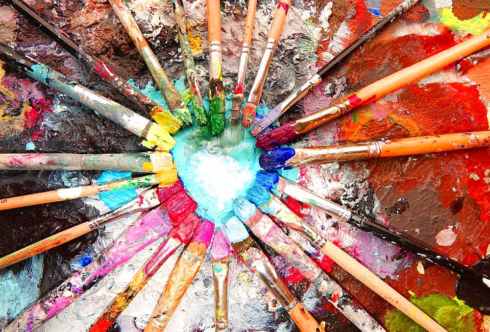 Many colorful brushes, acrylic paint, color circle, artist palette, Germany, Europe