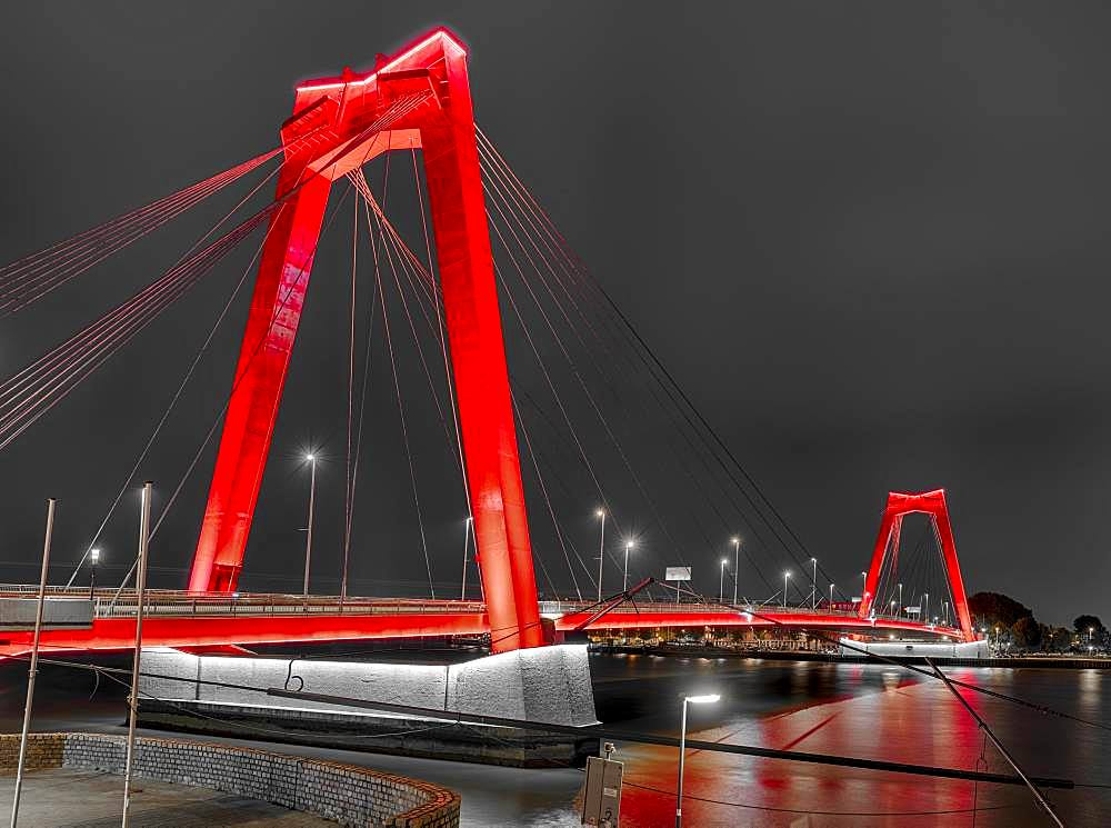 Wilhelmsbruecke at night, Rotterdam, Netherlands