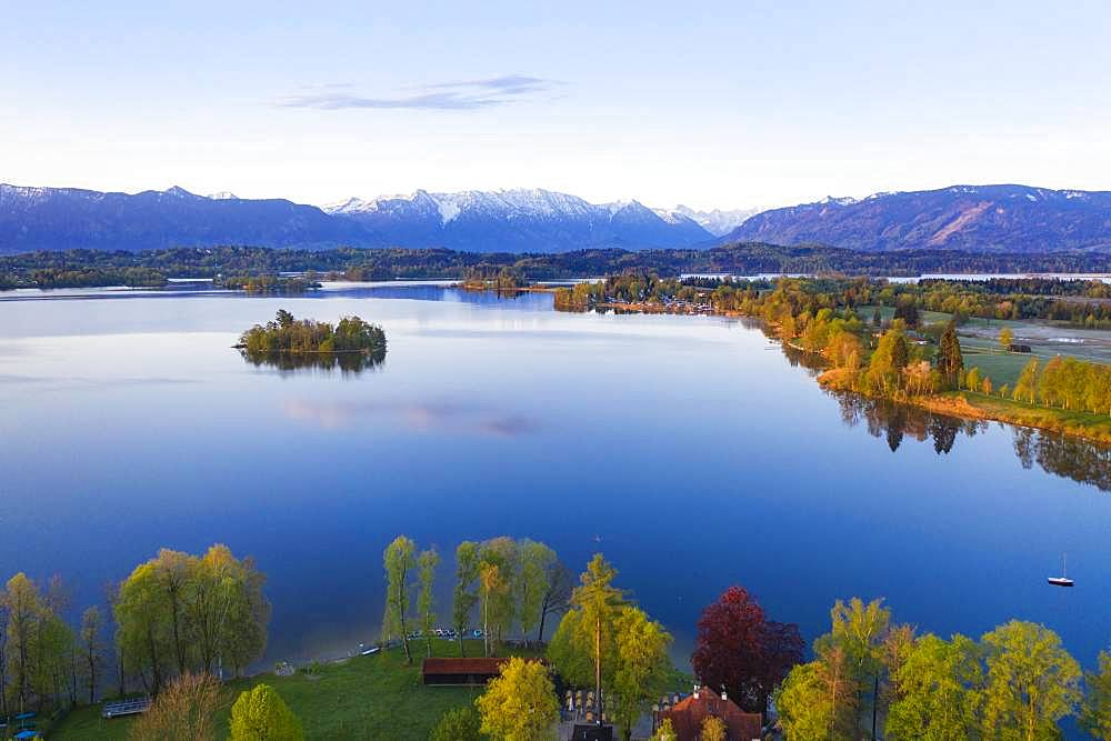 Lake Staffelsee, bathing lido in Uffing and Muehlwoerth Island, Ester Mountains at the back, aerial view, Alpine foothills, Upper Bavaria, Bavaria, Germany, Europe