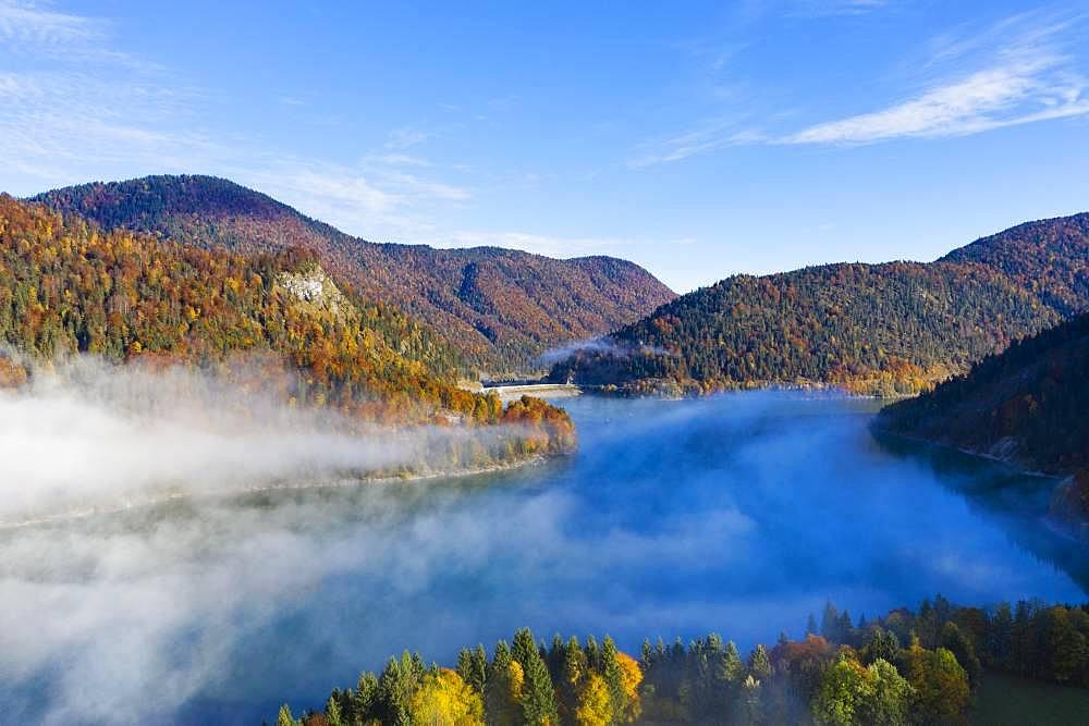 Sylvenstein lake with dam, Sylvenstein reservoir, near Lenggries, Isarwinkel, aerial view, Upper Bavaria, Bavaria, Germany, Europe