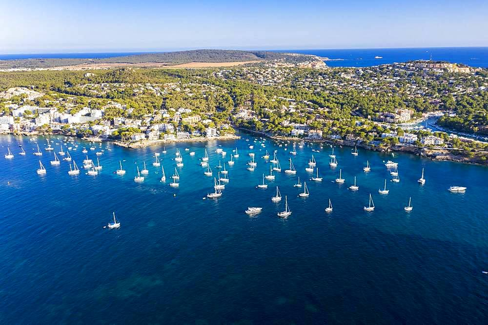 Aerial photo, view of the Costa de la Calma and Santa Ponca coasts, hotel complexes and sailing boats in the water, Costa de la Calma, Caliva region, Majorca, Balearic Islands, Spain, Europe