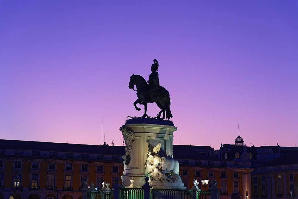 Equestrian statue of King Jose I, silhouette, Blue Hour, Praca do Comercio, Baixa, Lisbon, Portugal, Europe