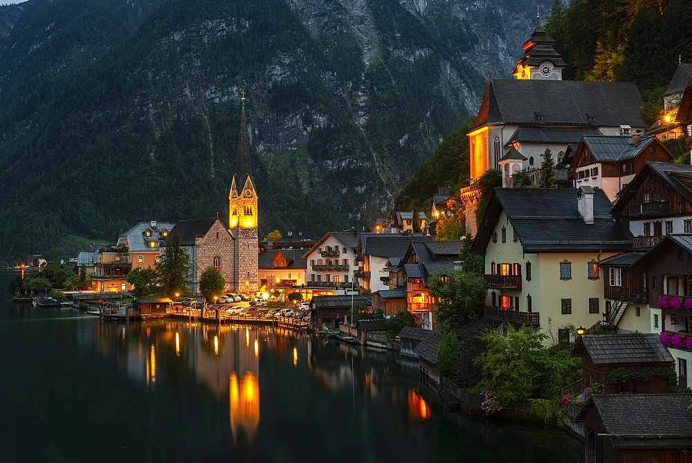 Evening mood, View of Hallstatt with church, Lake Hallstatt, Salzkammergut, Cultural landscape Hallstatt-Dachstein SalzkammergutUpper Austria, Austria, Europe