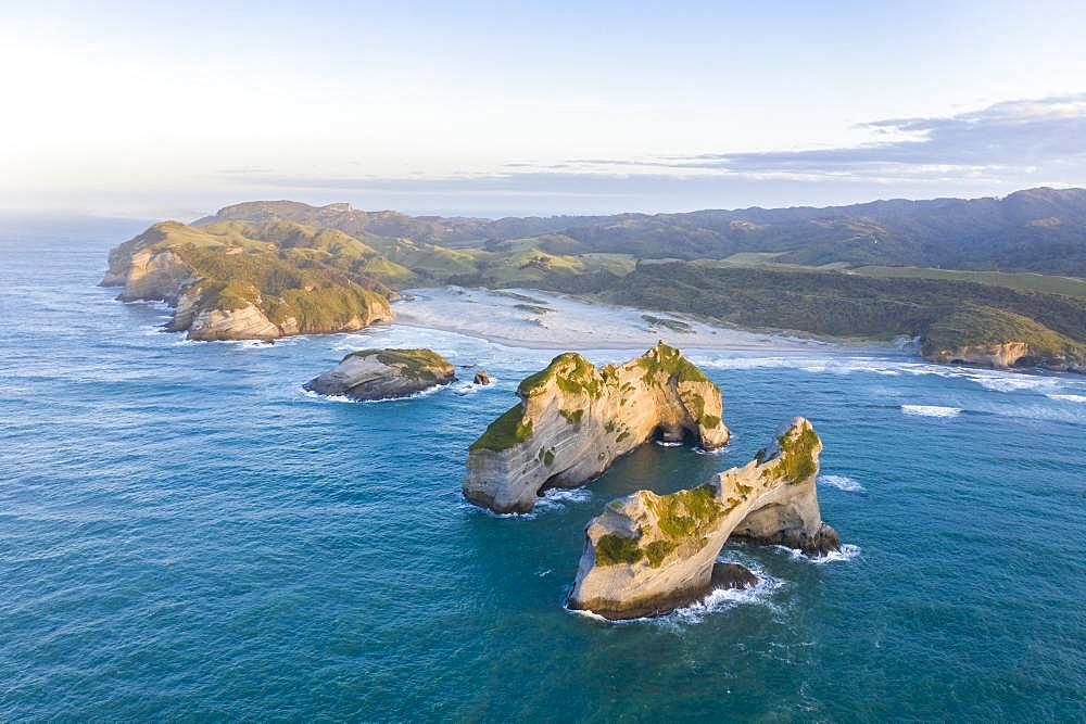 Rock island on Wharariki beach, Wharariki Beach, Golden Bay, Southland, New Zealand, Oceania