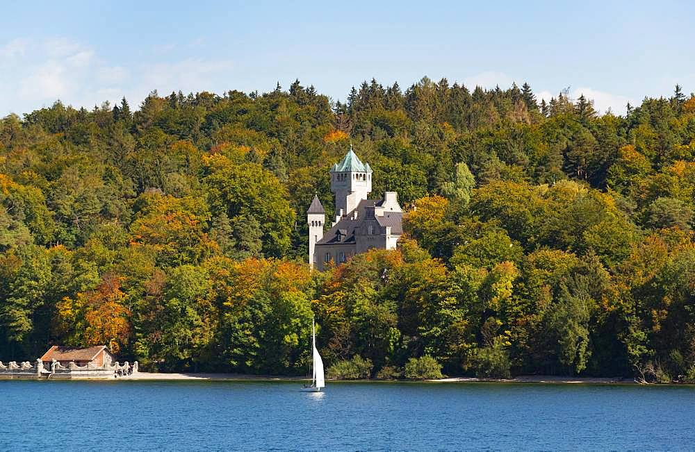 Seeburg Castle near Allmannshausen, Lake Starnberg, Five Lakes Region Upper Bavaria, Bavaria, Germany, Europe