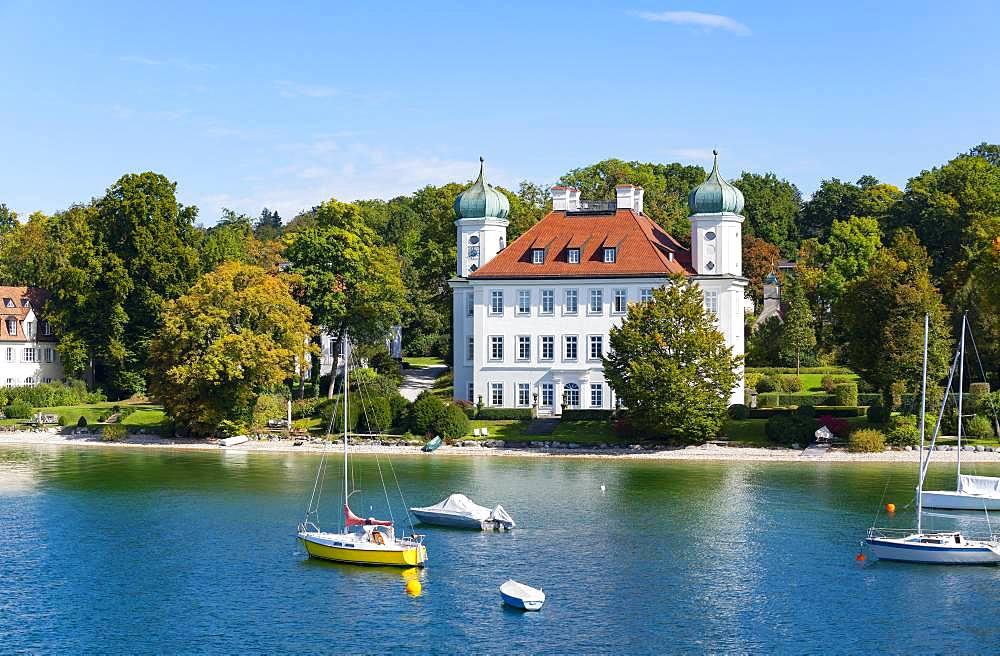 Ammerland Castle or Pocci Castle near Muensing, Lake Starnberg, Fuenfseenland, Upper Bavaria, Bavaria, Germany, Europe
