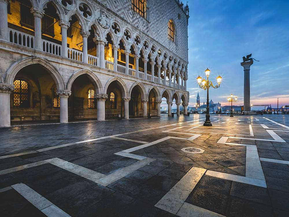 St Mark's Square and Palazzo Ducale in the morning, Venice, Italy, Europe