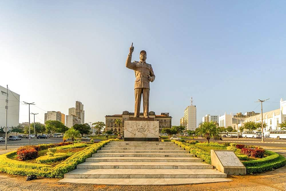 Statue of Machel Samora on Independence square in Maputo, capital city of Mozambique, Mozambique, Africa