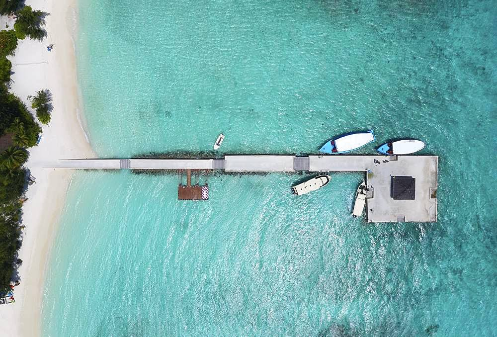 Jetty, jetties, boats, Summer Island, North Male Atoll, Maldives, Asia