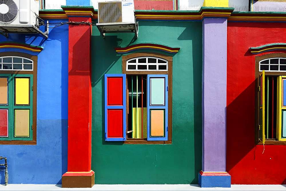Colorful windows and facade of the old Chinese villa, the house of Tan Teng Niah, Indian Quarter, Little India, Singapore, Asia