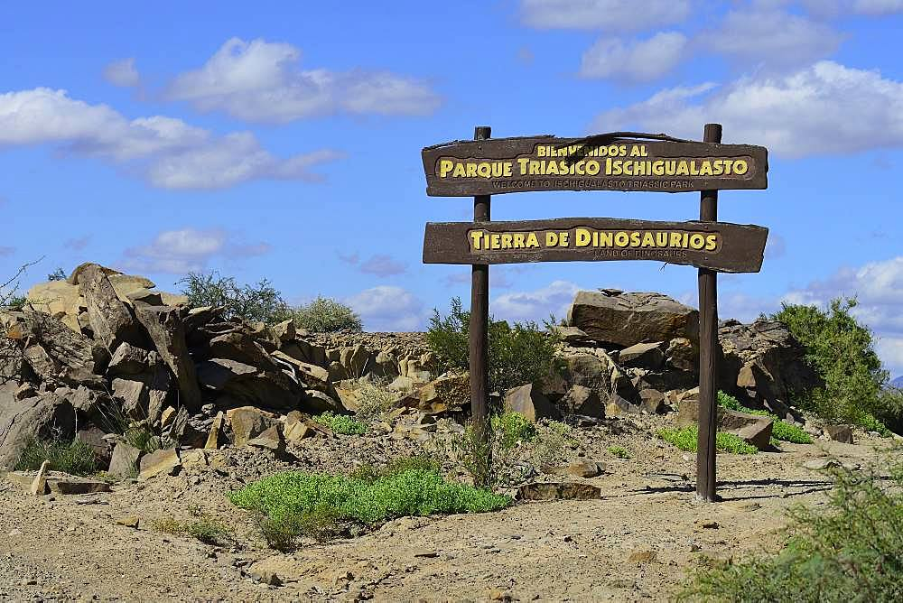 Sign Parque Triasico Ischigualasto, Tierra de Dinosaurios, Ischigualasto Nature Reserve, San Juan Province, Argentina, South America