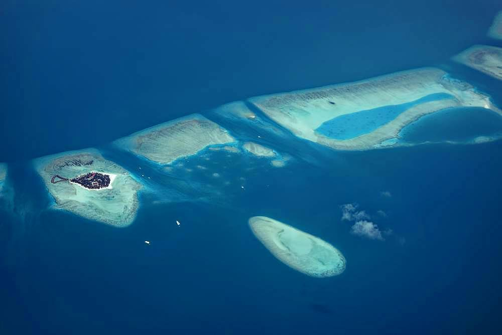 Alimatha Aquatic Resort, Vaavu Atoll or Felidhu Atoll, Indian Ocean, Maldives, Asia