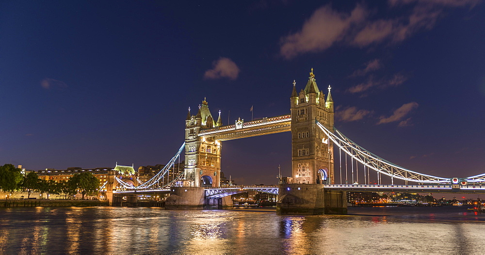Illuminated Tower Bridge in the evening, London, England, Great Britain