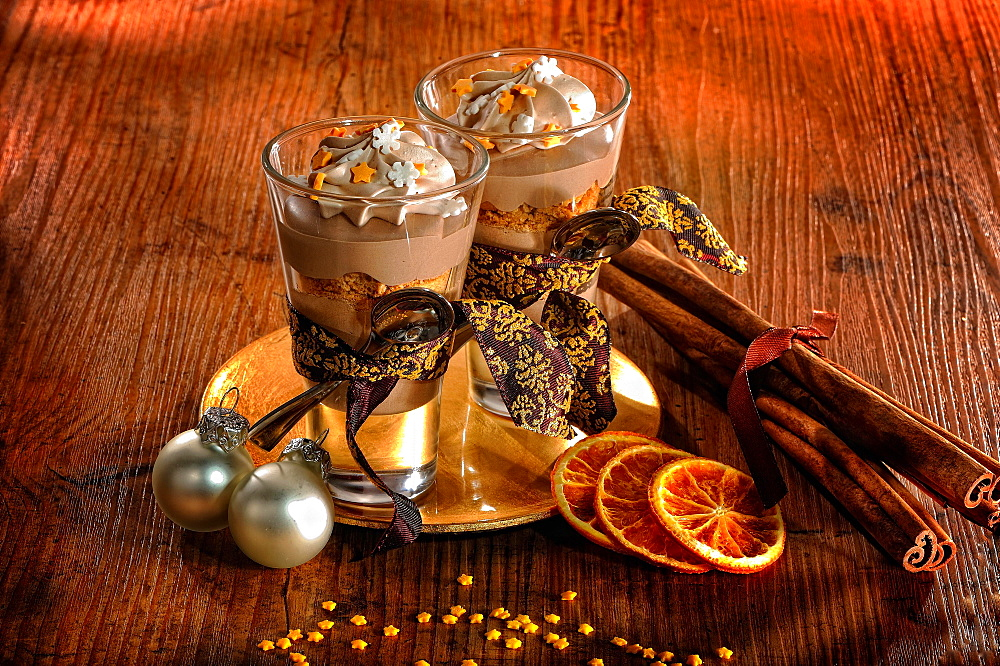 Chocolate dessert, dessert, dessert, Christmas decorations, Germany, Europe