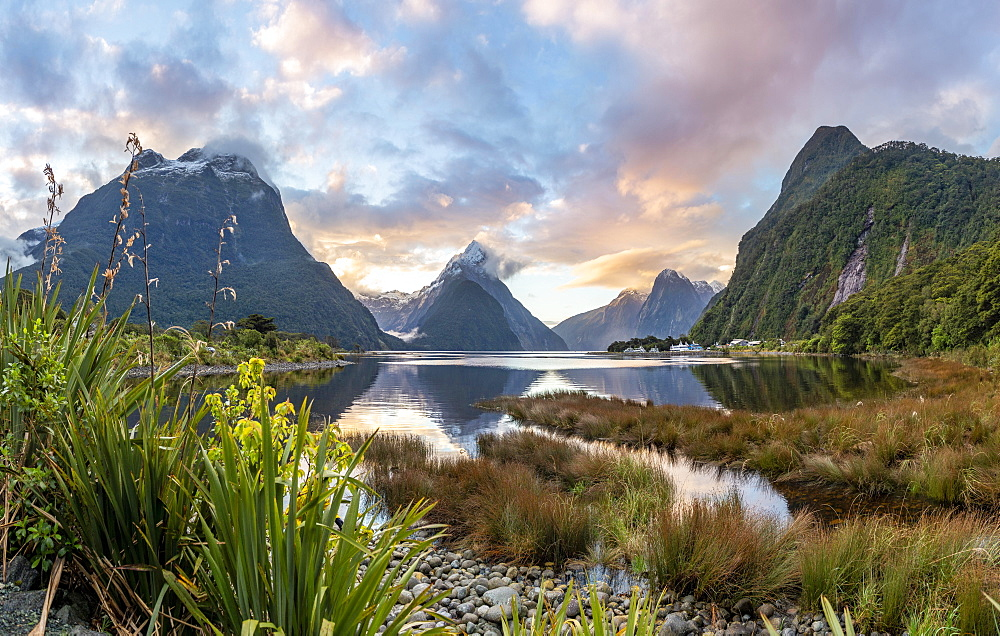 Mitre Peak, Sunset, Milford Sound, Fiordland National Park, Te Anau, Southland, South Island, New Zealand, Oceania