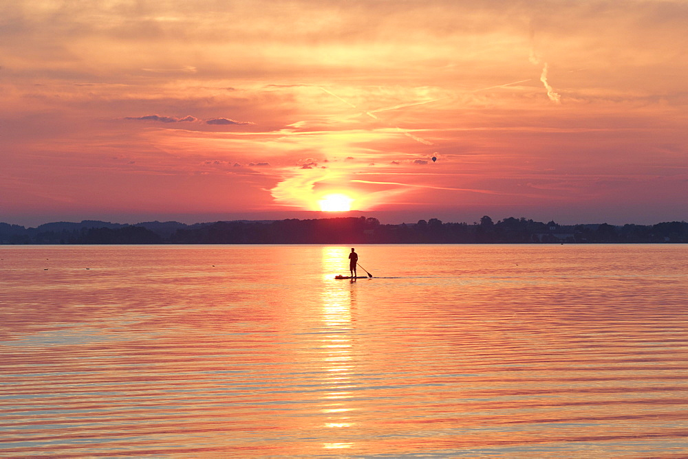 Sunset, Paddler on Standup-Paddle Board, Chiemsee, Upper Bavaria, Bavaria, Germany, Europe