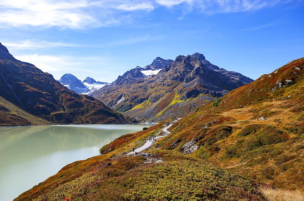Hiking trail around the lake, Bielerhoehe, Silvrettasee, Silvretta reservoir, Silvretta Group, Vorarlberg, Austria, Europe - 832-388379