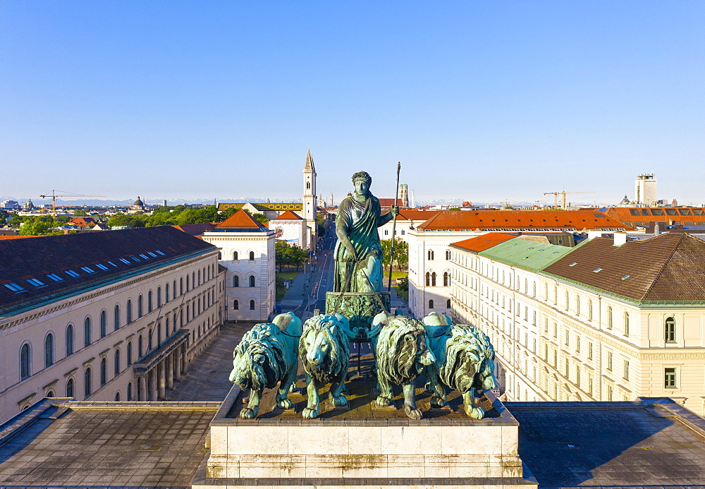 Quadriga on the Siegestor, Bavaria with four lions, Ludwigstrasse, Maxvorstadt, Munich, drone shot, Upper Bavaria, Bavaria, Germany, Europe