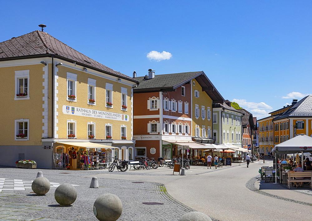 Marketplace with community centres, Mondsee, Salzkammergut, Upper Austria, Austria, Europe