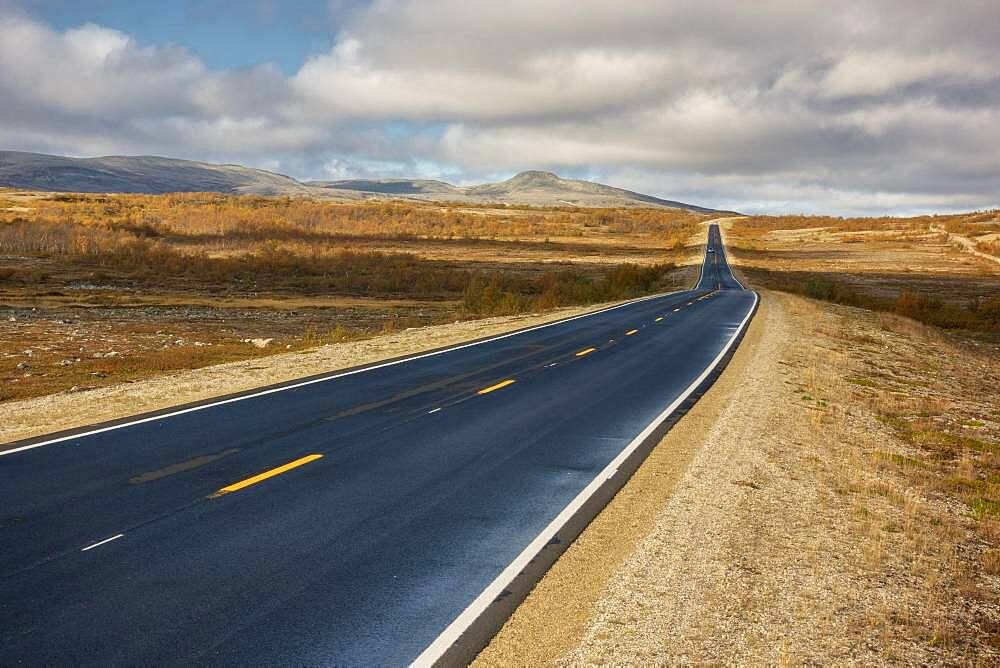 Lonely road to the North Cape, Russenes, Troms, Norway, Europe