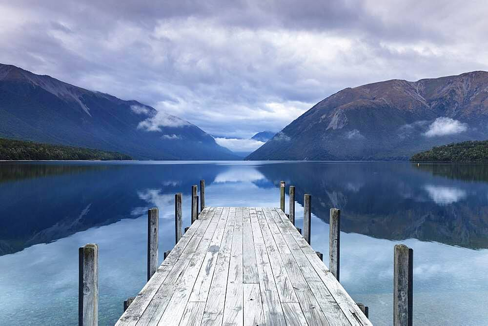 Lake Rotoiti, Oceania, Tasman, Nelson Lakes National Park, South Island, New Zealand, Oceania - 832-389048