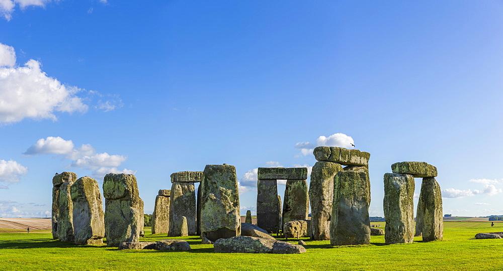 Stonehenge, Neolithic cult site, Neolithic stone circle, UNESCO World Heritage Site Stonehenge, Avebury and Associated Sites, Wiltshire, England, United Kingdom, Europe - 832-389866