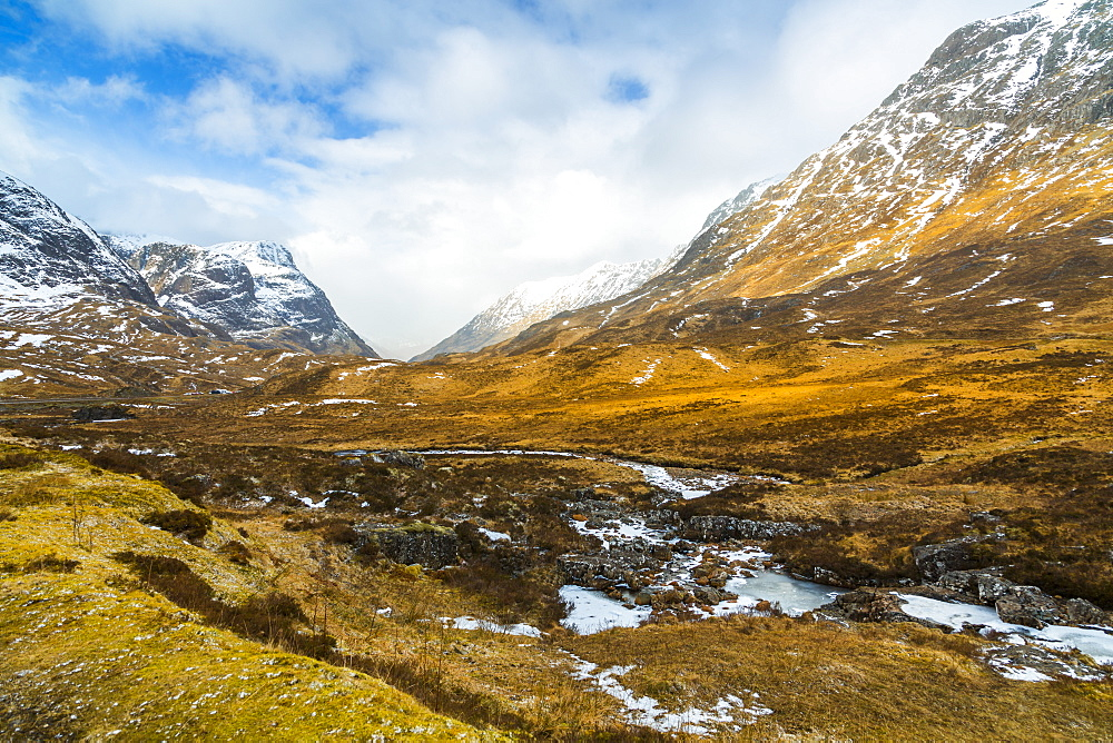 Winter storm and the Glencoe Valley, Glencoe, Highland Region, Scotland, United Kingdom, Europe