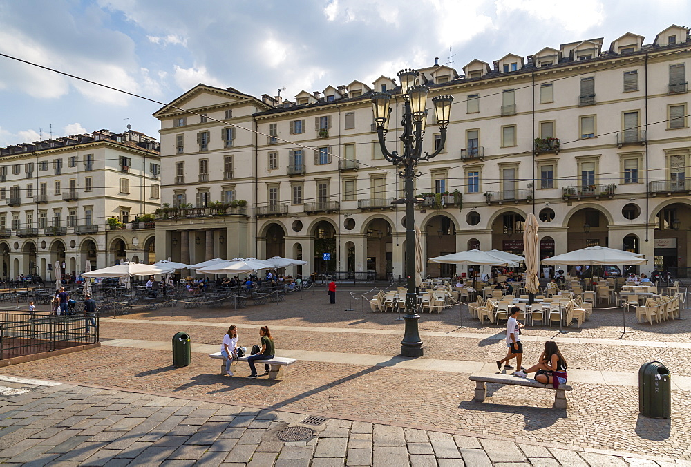 Cafes and people on Piazza Vittorio Veneto, Turin, Piedmont, Italy, Europe