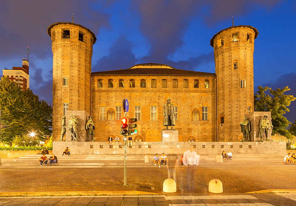View of Castle in Piazza Castello at night, Turin, Piedmont, Italy, Europe