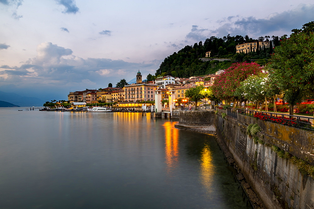 View of Lake Como and Bellagio at dusk, Province of Como, Lake Como, Lombardy, Italian Lakes, Italy, Europe