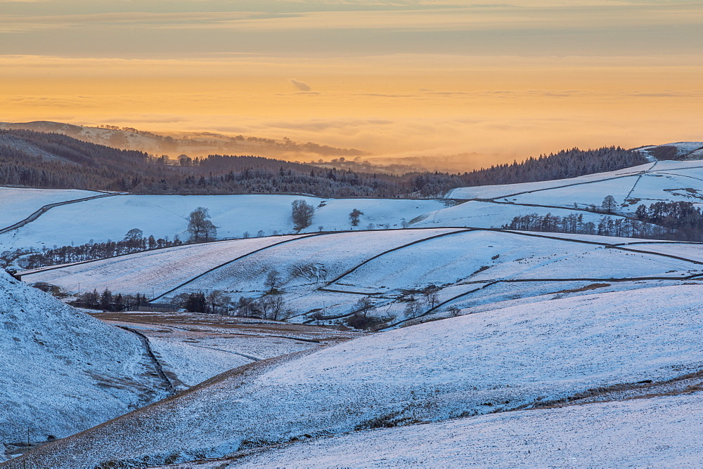 View of frozen landscape near Macclesfield at sunset, High Peak, Cheshire, England, United Kingdom, Europe